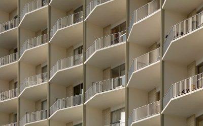 Balconi incassati: come vengono ripartite le spese in condominio?