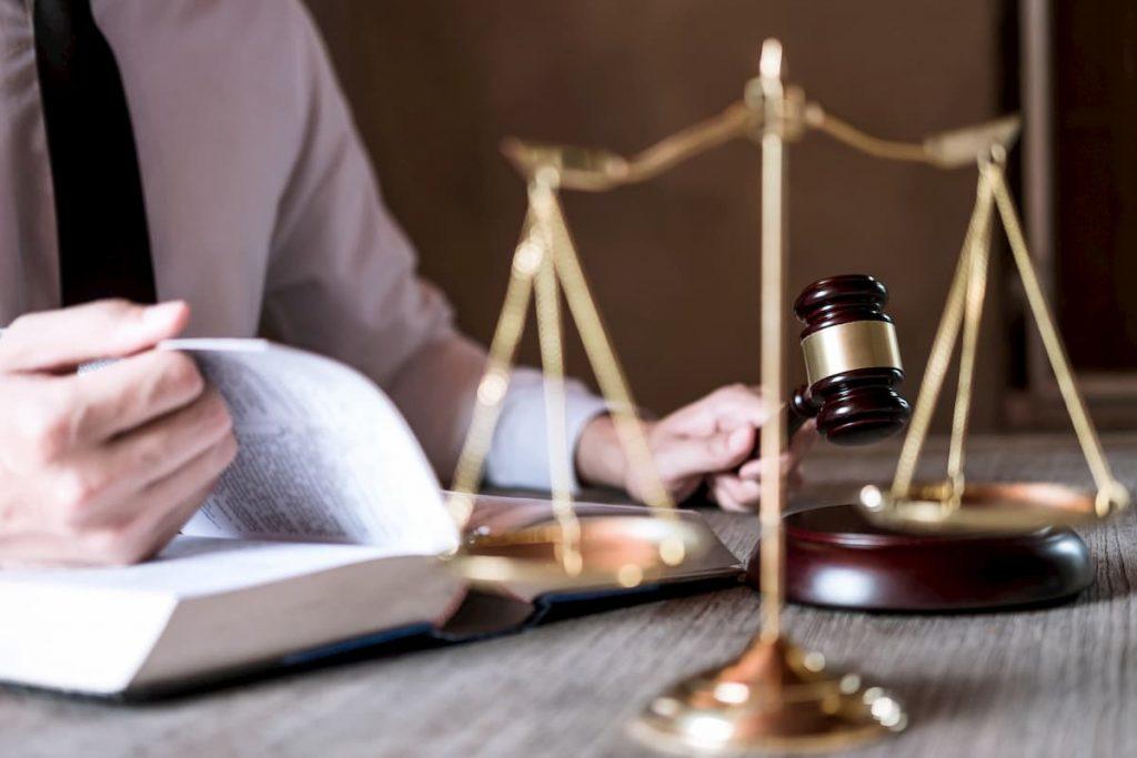 ripartizione-spese-legali-in-condominio