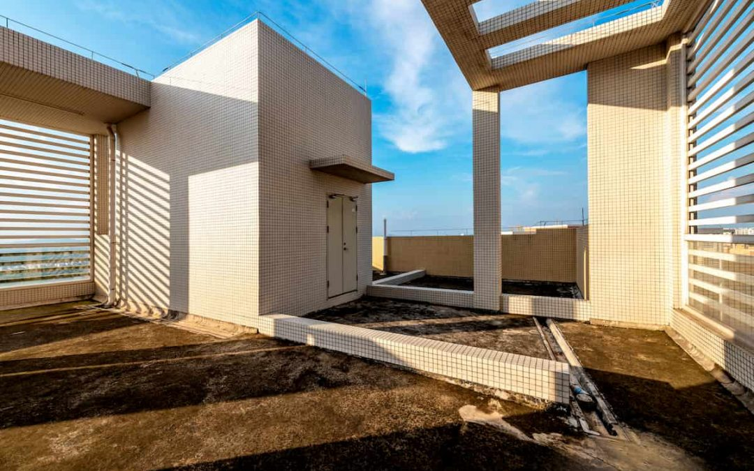 Lastrici Solari in condominio: chi paga la manutenzione