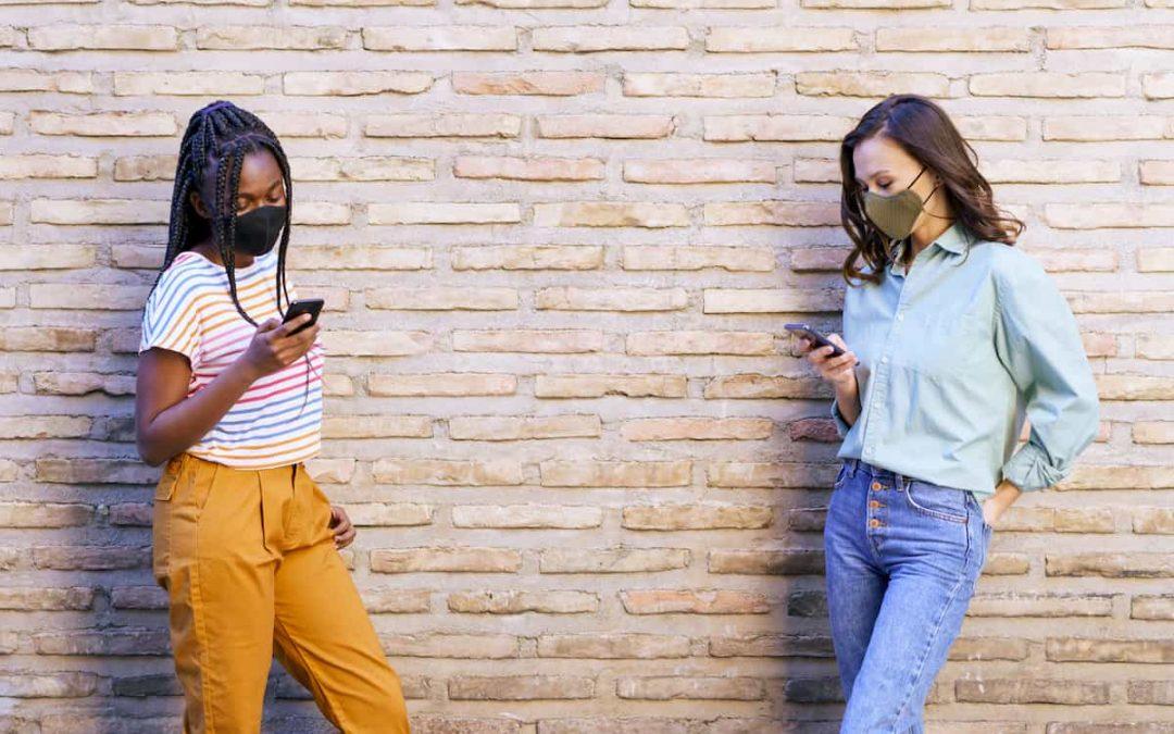 Distanziamento sociale in condominio: come comunicare con le tele assemblee