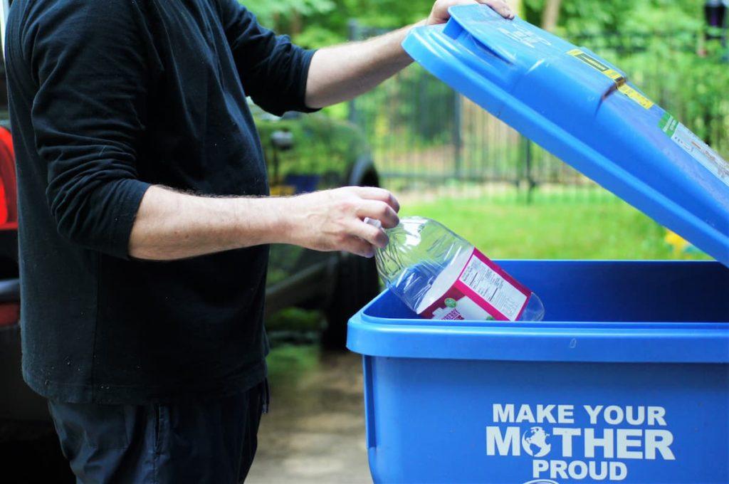 come-realizzare-l-area-rifiuti-condominiale